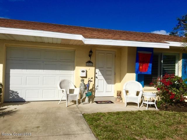 261 N 3rd Street, Cocoa Beach, FL 32931 (MLS #834648) :: Platinum Group / Keller Williams Realty