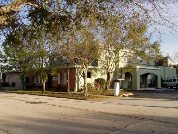 605 S Palm Avenue S, Titusville, FL 32796 (MLS #835331) :: Pamela Myers Realty
