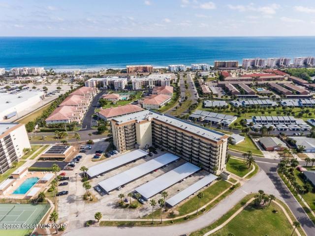 500 Palm Springs Boulevard #209, Indian Harbour Beach, FL 32937 (MLS #839640) :: Platinum Group / Keller Williams Realty