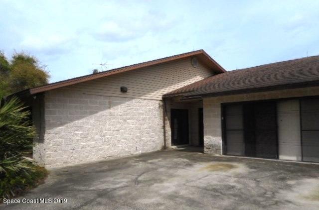 6201 Horseshoe Avenue, Titusville, FL 32780 (MLS #839933) :: Pamela Myers Realty