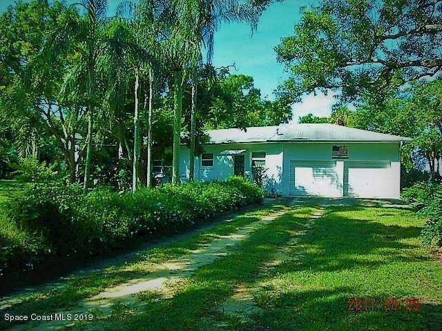 909 N Tropical Trail N, Merritt Island, FL 32953 (MLS #843219) :: Blue Marlin Real Estate