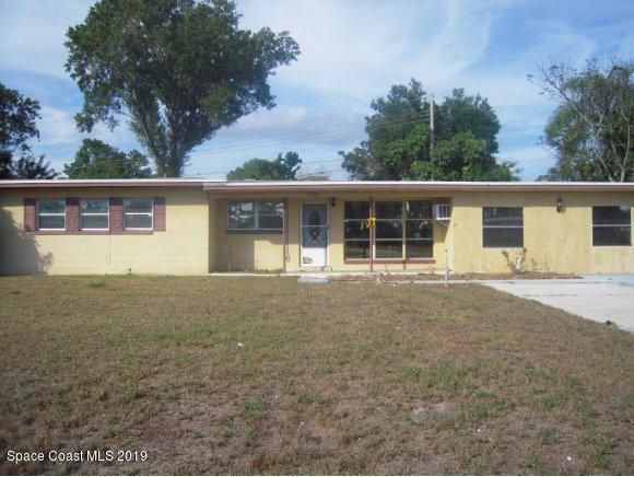 1102 Cypress Lane, Cocoa, FL 32922 (MLS #843378) :: Blue Marlin Real Estate