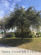 2645 Redwood Avenue, Titusville, FL 32780 (MLS #846092) :: Premium Properties Real Estate Services
