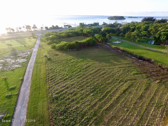 5285 Fisherman Lane, Grant Valkaria, FL 32949 (MLS #850943) :: Pamela Myers Realty