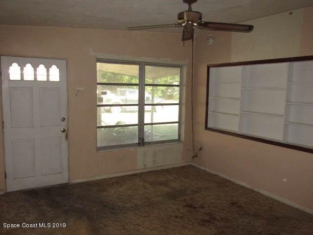 4370 Abbott Avenue, Titusville, FL 32780 (MLS #855325) :: Premium Properties Real Estate Services
