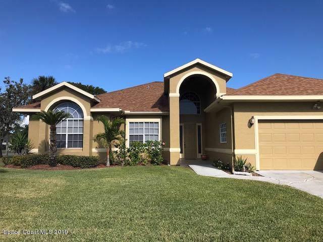 200 Sykes Point Lane, Merritt Island, FL 32953 (MLS #862683) :: Premium Properties Real Estate Services