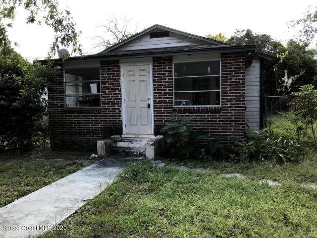 2564 Myrtle Avenue, Mims, FL 32754 (MLS #876306) :: Blue Marlin Real Estate