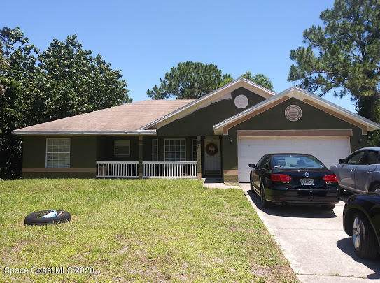 1813 Eugenia Court NW, Palm Bay, FL 32907 (MLS #878733) :: Engel & Voelkers Melbourne Central