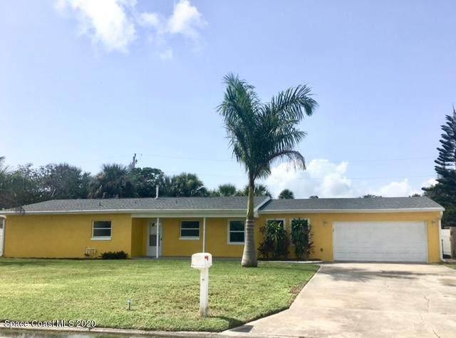426 Naish Avenue, Cocoa Beach, FL 32931 (#882153) :: The Reynolds Team/ONE Sotheby's International Realty