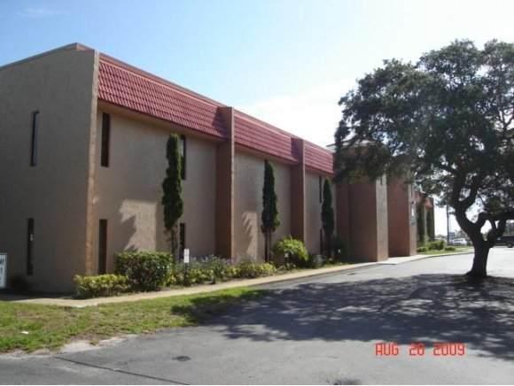 3290 Suntree Boulevard - Photo 1