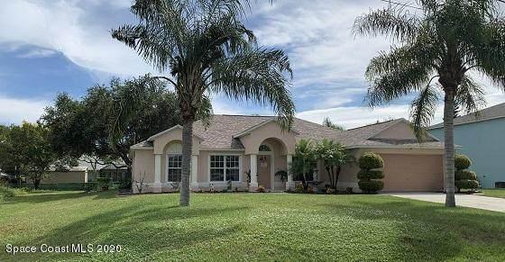 6635 Duncan Avenue, Cocoa, FL 32927 (MLS #886802) :: Blue Marlin Real Estate