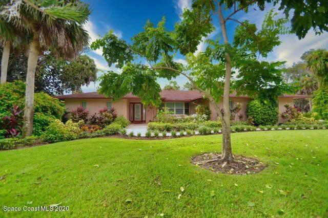 5435 Pina Vista Drive, Melbourne, FL 32934 (MLS #887183) :: Premium Properties Real Estate Services