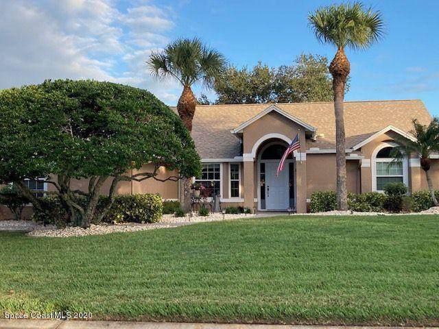 586 Deerfield Drive, Melbourne, FL 32940 (MLS #890867) :: Coldwell Banker Realty