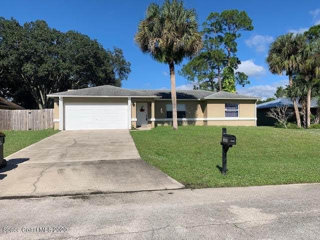 1342 Mohegan SE, Palm Bay, FL 32909 (MLS #890918) :: Coldwell Banker Realty