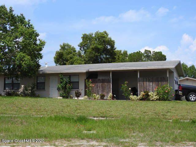 1800 Tee Dee Lane, Titusville, FL 32780 (MLS #893866) :: Blue Marlin Real Estate