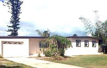 221 NE First Street, Satellite Beach, FL 32937 (MLS #894758) :: Armel Real Estate