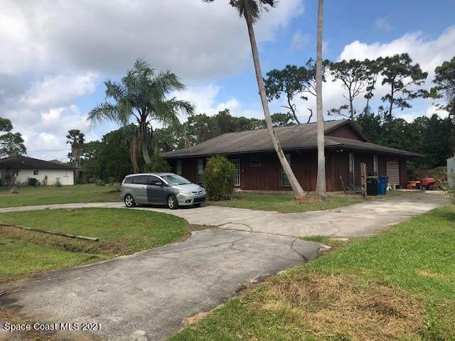 1619 Talavera Street SE, Palm Bay, FL 32909 (MLS #898634) :: Blue Marlin Real Estate