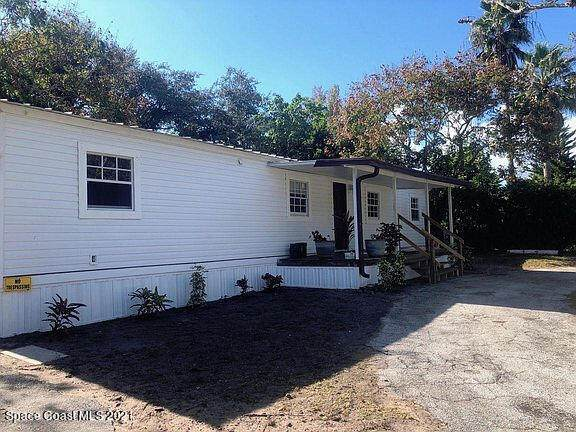 509 Louis Drive, Cocoa, FL 32926 (MLS #898644) :: Blue Marlin Real Estate