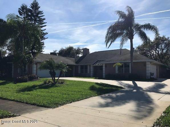 3560 Oakhill Drive, Titusville, FL 32780 (MLS #898834) :: Premium Properties Real Estate Services