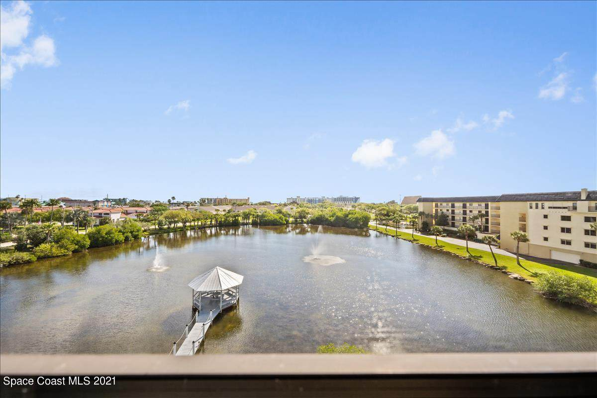 3613 Banana River Boulevard - Photo 1