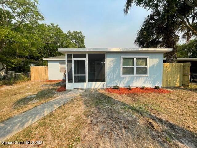 1811 Westwood Boulevard, Melbourne, FL 32901 (MLS #899856) :: Premium Properties Real Estate Services