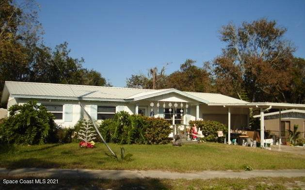 2710 Donna Drive, Titusville, FL 32796 (MLS #901059) :: Premium Properties Real Estate Services