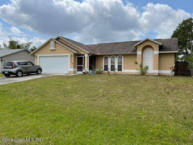 1716 NW Parrsboro Street NW, Palm Bay, FL 32907 (MLS #902389) :: Premium Properties Real Estate Services