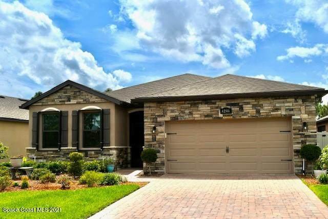 4244 Caladium Circle, Melbourne, FL 32904 (MLS #902501) :: Premium Properties Real Estate Services