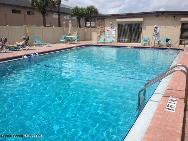 3180 N Atlantic Avenue #104, Cocoa Beach, FL 32931 (MLS #902622) :: Blue Marlin Real Estate