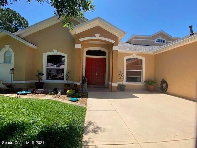 318 Castlewood Lane, Rockledge, FL 32955 (MLS #902844) :: Keller Williams Realty Brevard