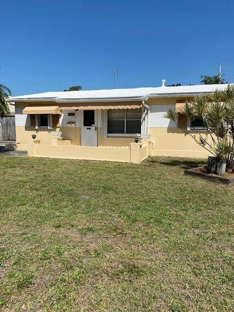 346 Crown Boulevard, Melbourne, FL 32901 (MLS #902990) :: Blue Marlin Real Estate