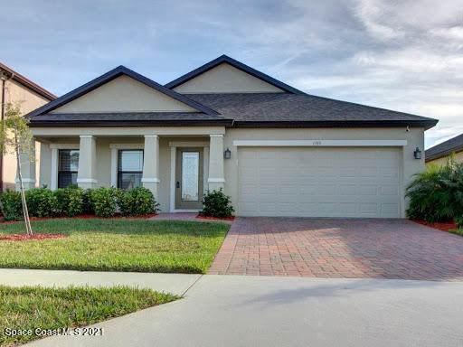 1385 Fuji Drive, Melbourne, FL 32940 (MLS #903350) :: Blue Marlin Real Estate