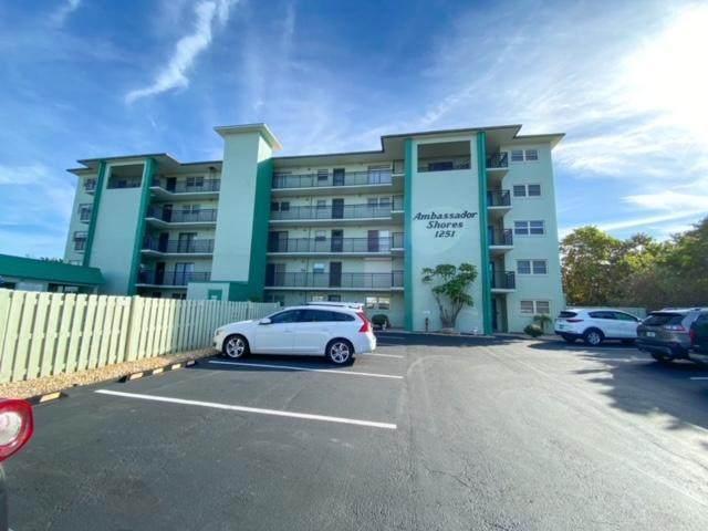 1251 S Atlantic Avenue #104, Cocoa Beach, FL 32931 (MLS #903767) :: New Home Partners