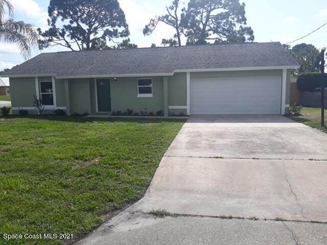 5401 Flint Road, Cocoa, FL 32927 (MLS #904004) :: Premium Properties Real Estate Services