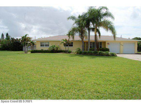 104 E Arlington Street, Satellite Beach, FL 32937 (MLS #904428) :: Blue Marlin Real Estate