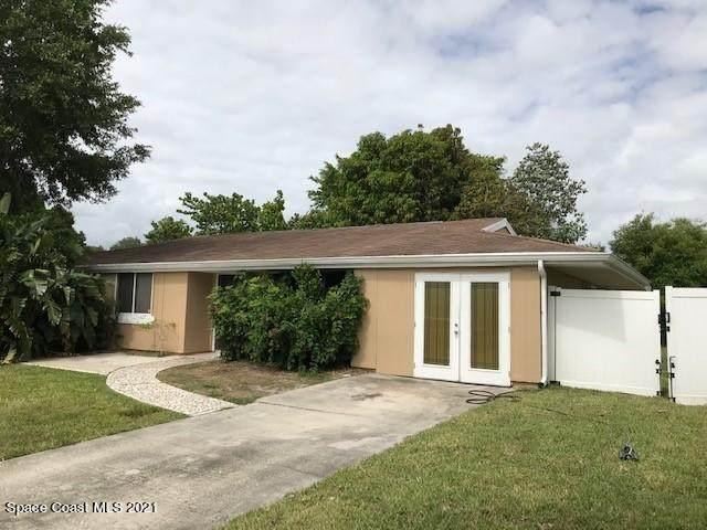 960 Hooper Avenue NE, Palm Bay, FL 32905 (MLS #905351) :: Dalton Wade Real Estate Group