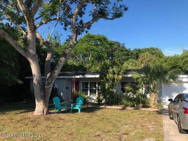 2405 Mashie Court, Melbourne, FL 32901 (MLS #907426) :: Blue Marlin Real Estate