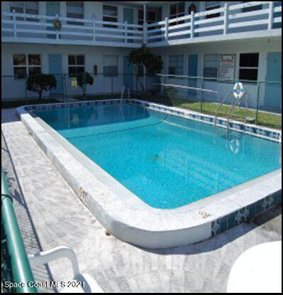 215 Circle Drive #18, Cape Canaveral, FL 32920 (MLS #907743) :: Engel & Voelkers Melbourne Central