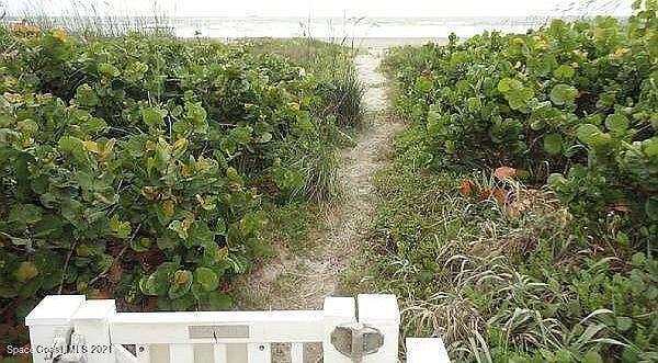 515 Hayes Avenue #2, Cocoa Beach, FL 32931 (MLS #908484) :: Keller Williams Realty Brevard