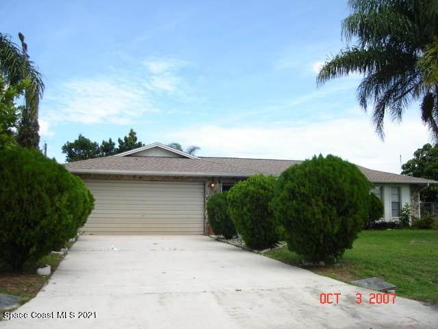 2137 Greyfield Street NE, Palm Bay, FL 32907 (MLS #911528) :: Blue Marlin Real Estate