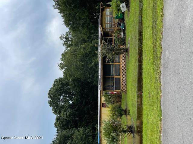 2426 Bradford Court, Mims, FL 32754 (MLS #911549) :: Blue Marlin Real Estate