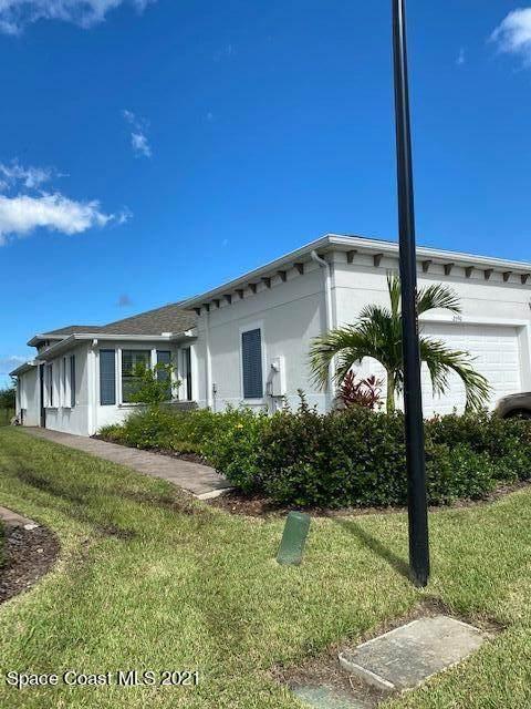 2590 Treasure Cay Lane, Melbourne, FL 32940 (MLS #916593) :: Blue Marlin Real Estate
