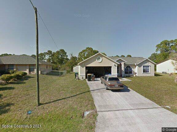 1839 Parrrsboro Street NW, Palm Bay, FL 32907 (MLS #918306) :: Engel & Voelkers Melbourne Central