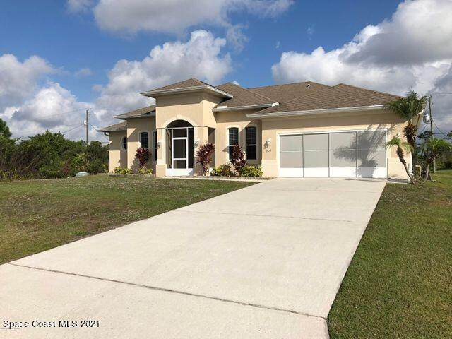 1675 Whiting Street SE, Palm Bay, FL 32909 (MLS #918478) :: Blue Marlin Real Estate