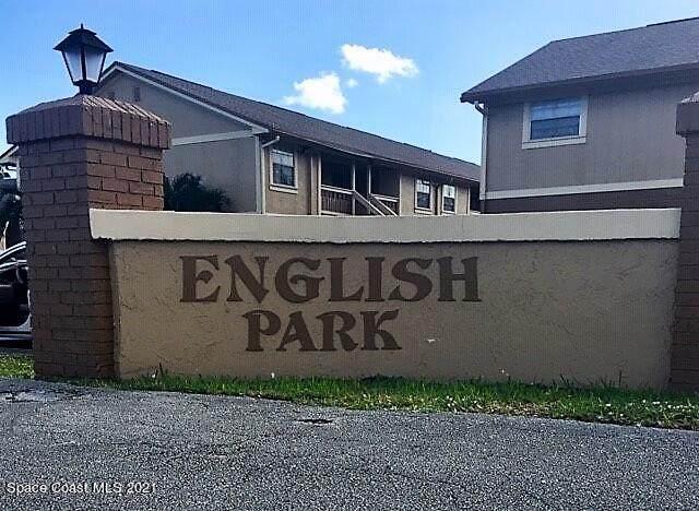 292 Berkshire Lane, Melbourne, FL 32935 (MLS #918645) :: Engel & Voelkers Melbourne Central