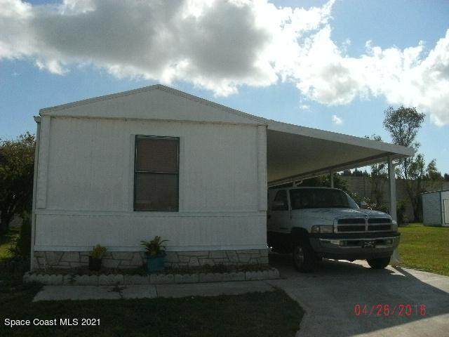 244 Holiday Park Blvd Boulevard NE, Palm Bay, FL 32907 (MLS #918970) :: Blue Marlin Real Estate