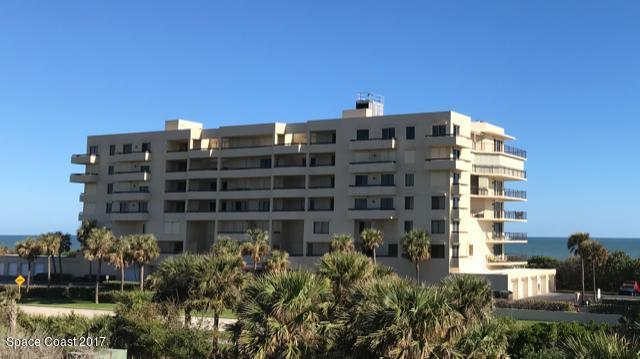 7415 Aquarina Beach Drive #302, Melbourne Beach, FL 32951 (MLS #788963) :: Premium Properties Real Estate Services