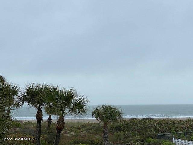 605 Shorewood Drive #204, Cape Canaveral, FL 32920 (MLS #869306) :: Premium Properties Real Estate Services
