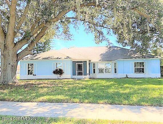 2795 Saint Marks Drive, Titusville, FL 32780 (MLS #910510) :: Blue Marlin Real Estate