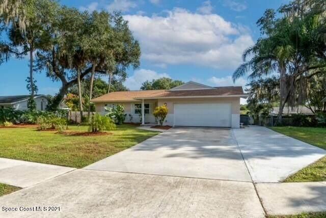 961 N Dixie Avenue, Titusville, FL 32796 (MLS #918327) :: Blue Marlin Real Estate